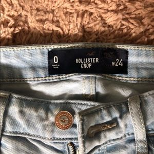 Light Washed Cropped Hollister Jeans